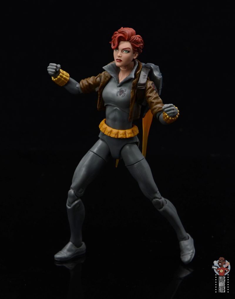 marvel legends black widow wal-mart exclusive figure review - battle stance