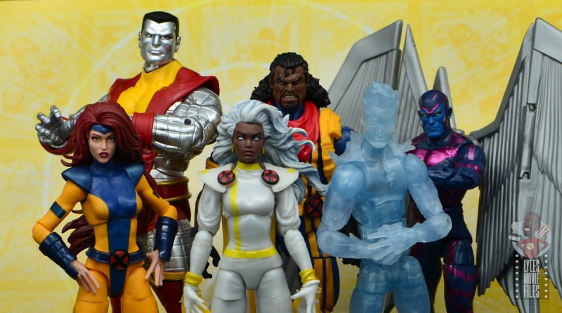 marvel legends cyclops, jean grey and wolverine set review - gold team