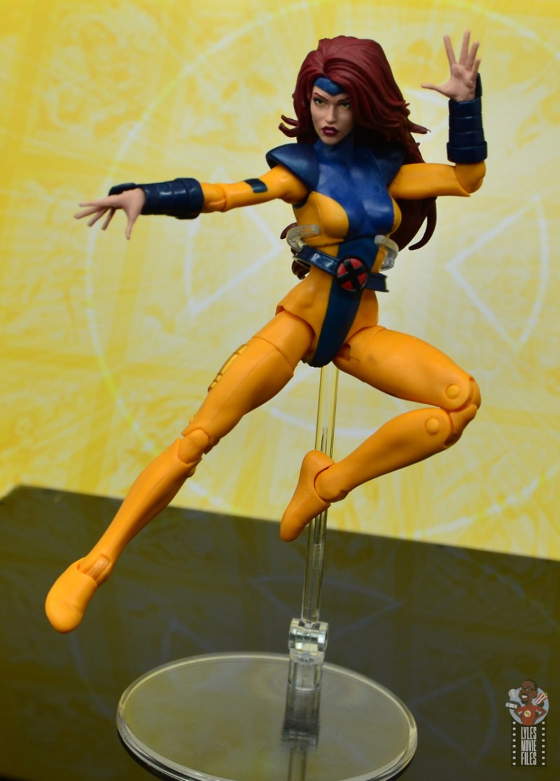 marvel legends cyclops, jean grey and wolverine set review - jean grey levitating