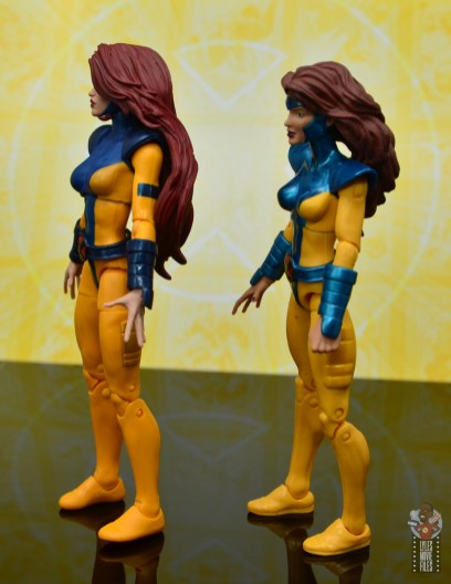 marvel legends cyclops, jean grey and wolverine set review - jean grey with first jean grey left side
