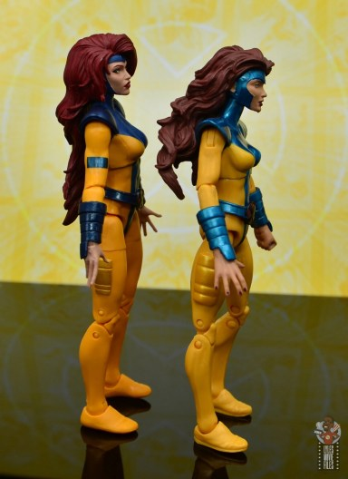 marvel legends cyclops, jean grey and wolverine set review - jean grey with jean grey right side