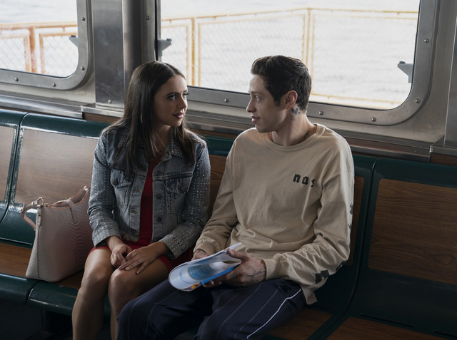 the king of staten island review -bel powley and pete davidson