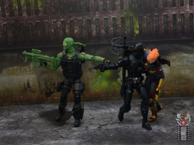 GI Joe Classified Series Beach Head figure review - covering snake eyes and scarlett