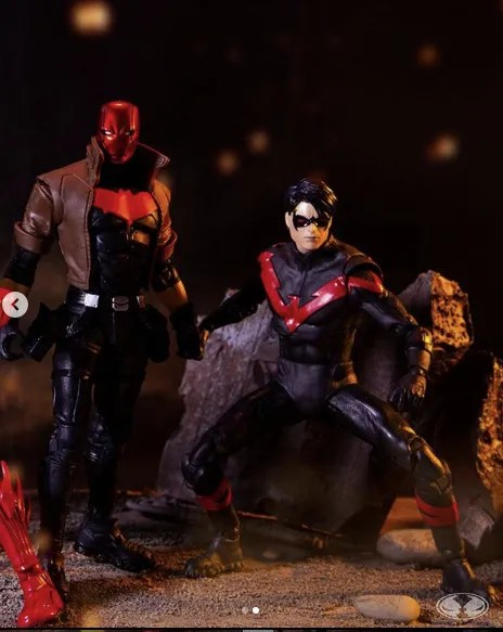 McFarlane Toys red hood vs nightwing