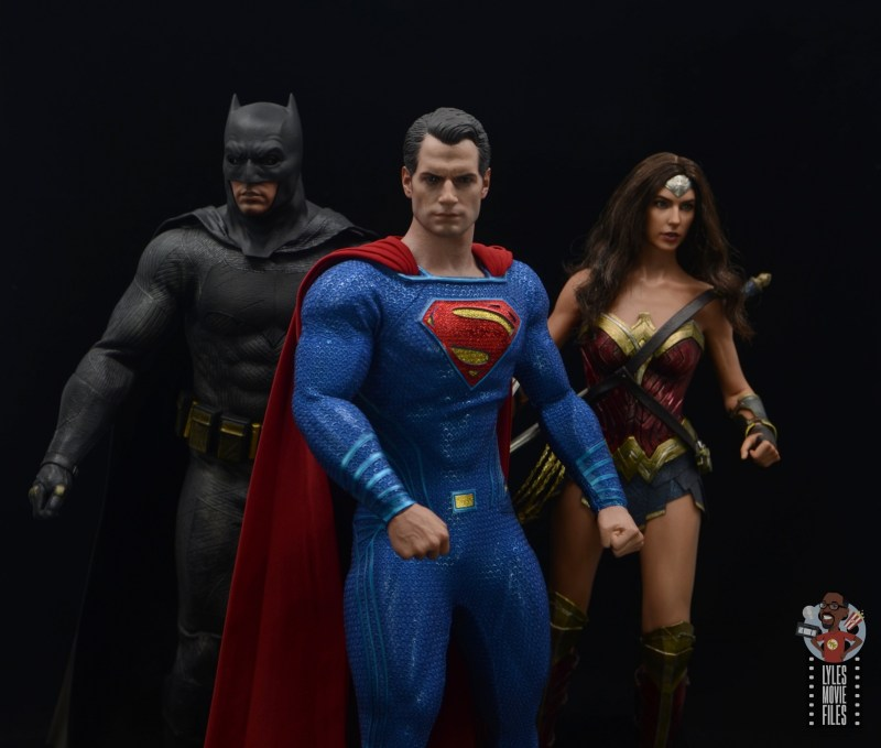 hot toys justice league superman figure review - dc trinity heading to action