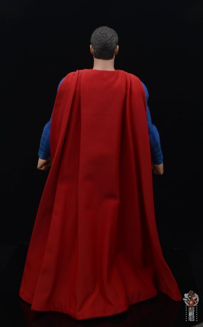 hot toys justice league superman figure review - rear