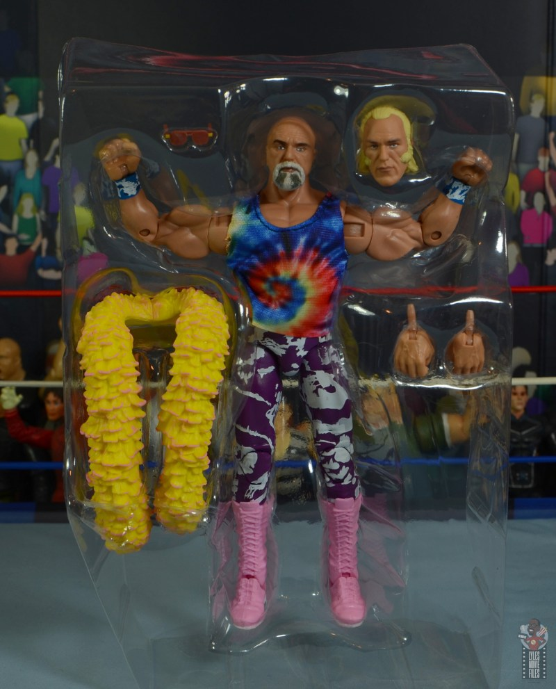 wwe elite 78 superstar billy graham figure review -accessories in tray
