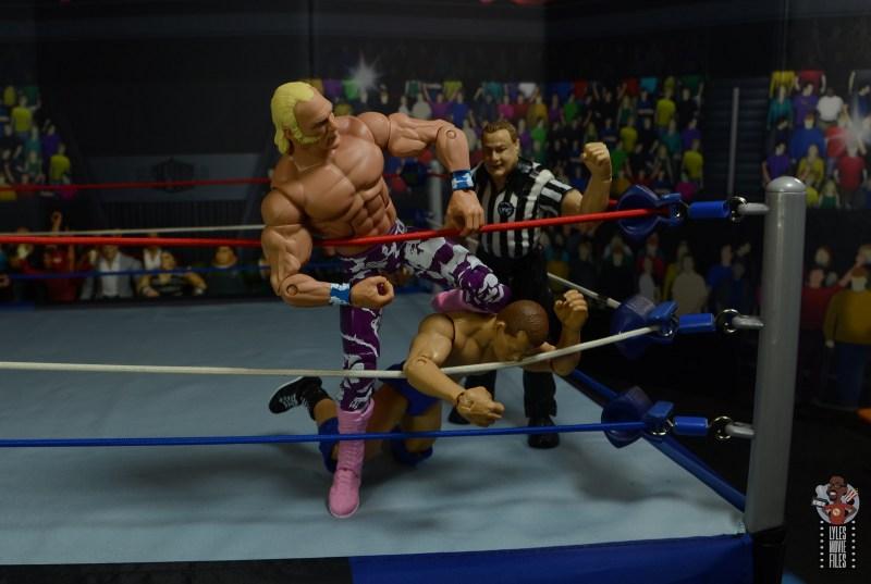 wwe elite 78 superstar billy graham figure review -knees to bob backlund