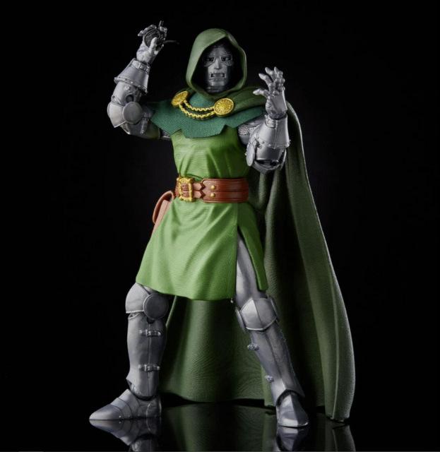 Fantastic Four Marvel Legends Series 6-Inch Doctor Doom figure - fists up