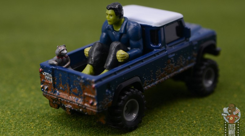Hot Wheels Marvel Land Rover Defender 110 Pickup Truck with Hulk and Rocket review - main pic