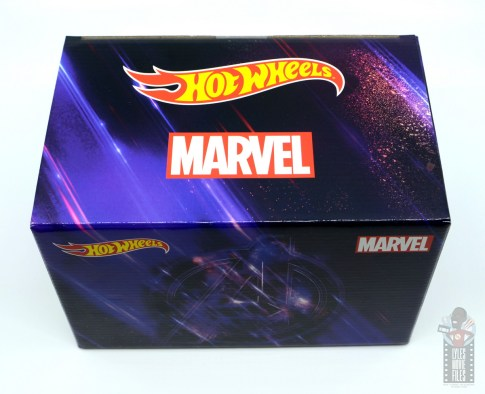 Hot Wheels Marvel Land Rover Defender 110 Pickup Truck with Hulk and Rocket review - package top