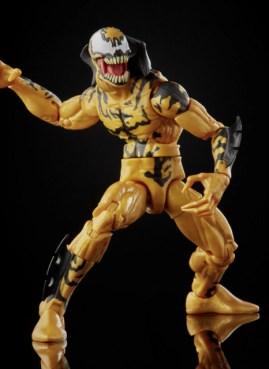 Marvel Legends Series Venom Phage – crouching
