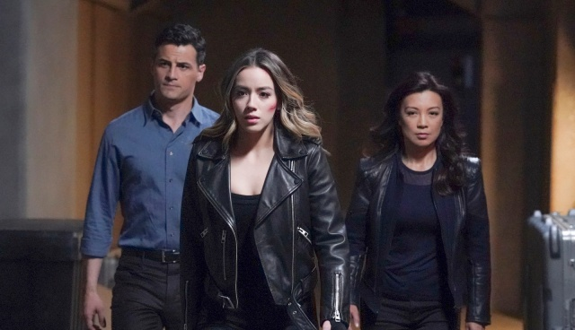 agents-of-shield-brand-new-day-review-sousa-daisy-and-may