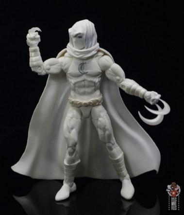 marvel legends moon knight figure review - holding shiruken