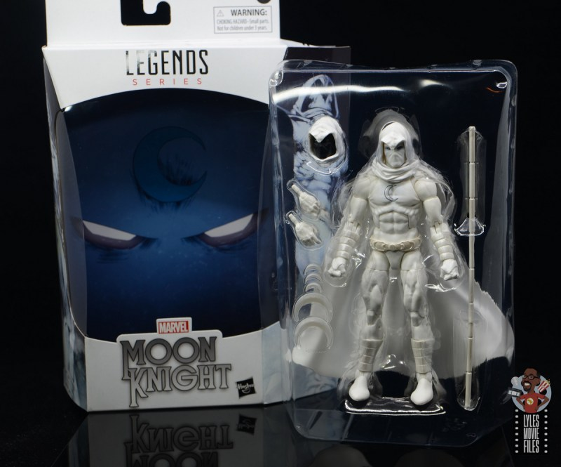marvel legends moon knight figure review - insert and accessories on tray