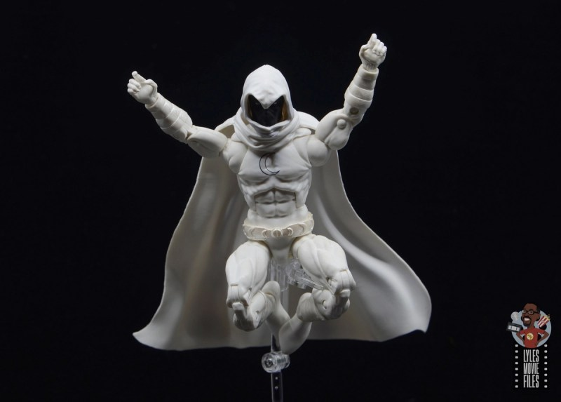 marvel legends moon knight figure review - landing