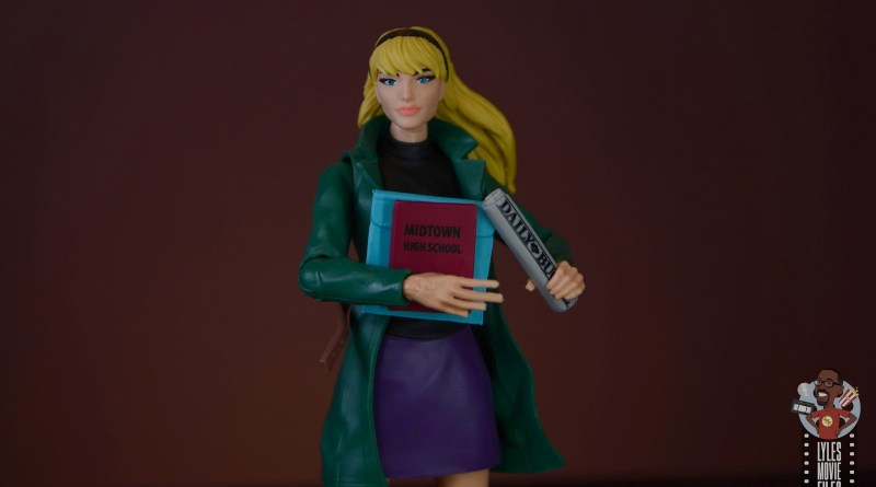 marvel legends retro gwen stacy figure review - main pic