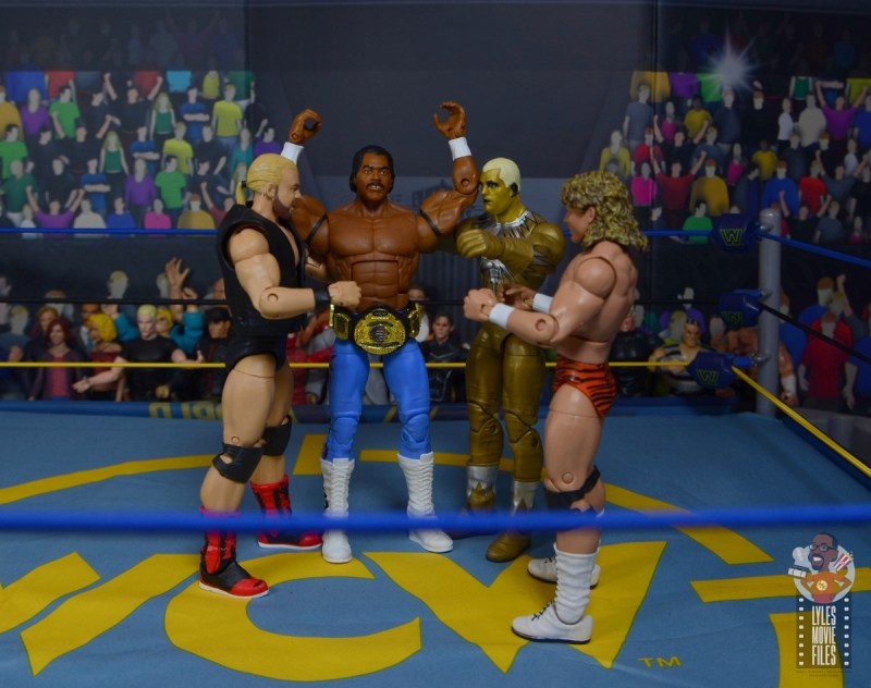 wwe elite hall of champions ron simmons figure review -celebrating with barry windham, dustin rhodes and flyin brian