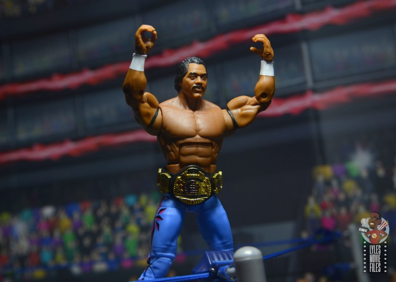 wwe elite hall of champions ron simmons figure review - standing on turnbuckle