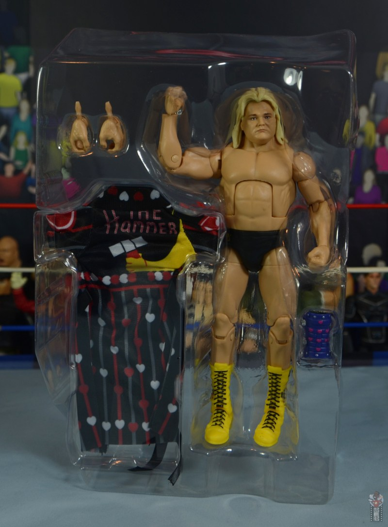 wwe legends 7 greg the hammer valentine figure review - accessories in tray