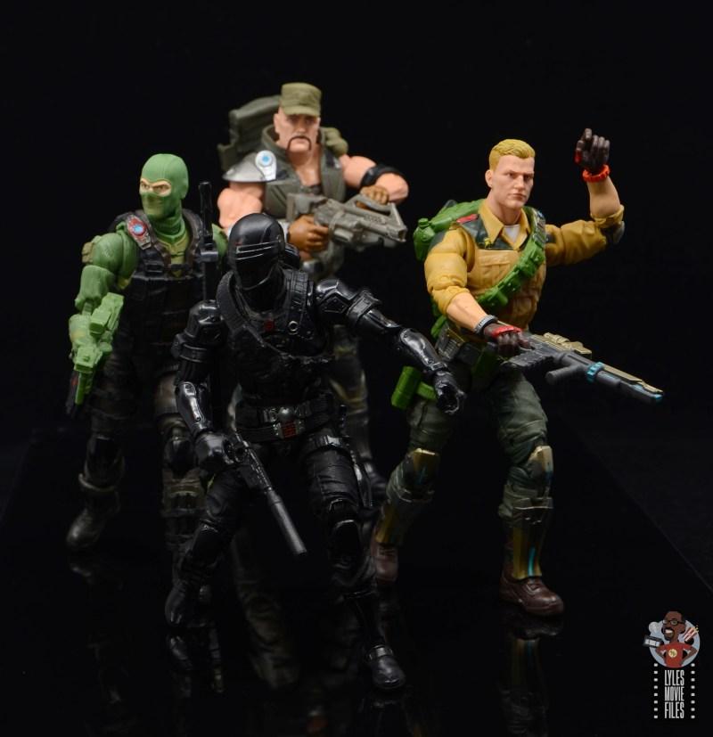 g.i. joe classified series gung-ho figure review - on patrol with snake eyes, beach-head and duke