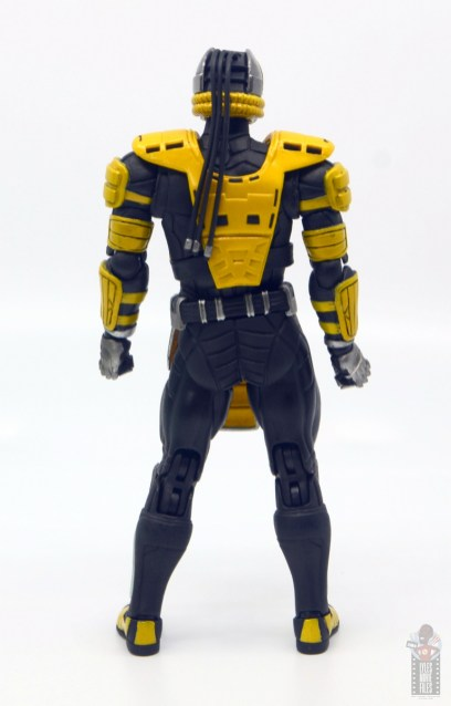 storm collectibles mortal kombat cyrax figure review - rear