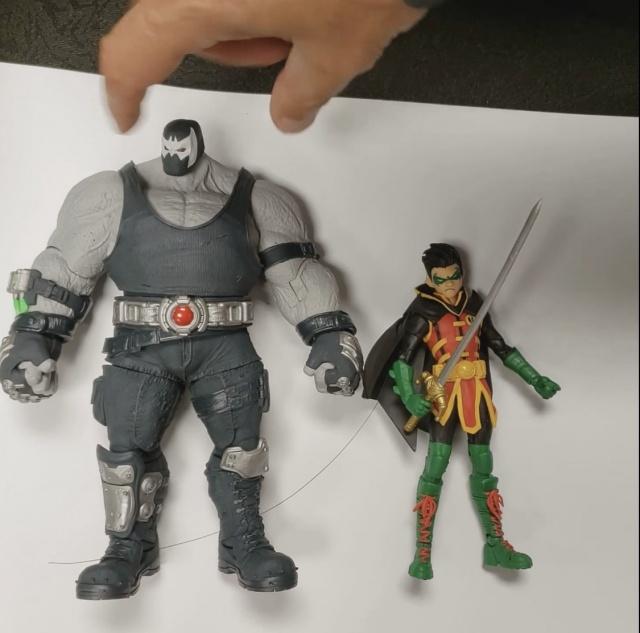 Dc multiverse bane and Damian Wayne figures