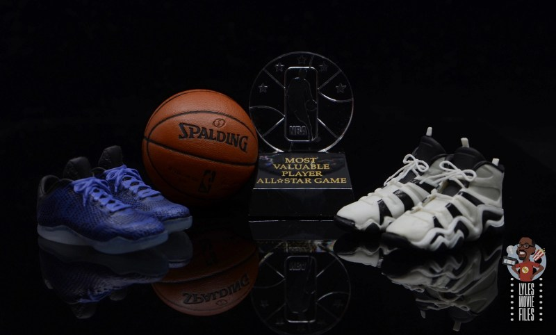 enterbay nba masterpiece kobe bryant figure review - shoes, basketball and all-star game trophy