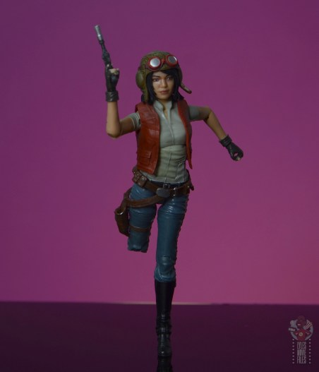 star wars the black series doctor aphra figure review - on the run