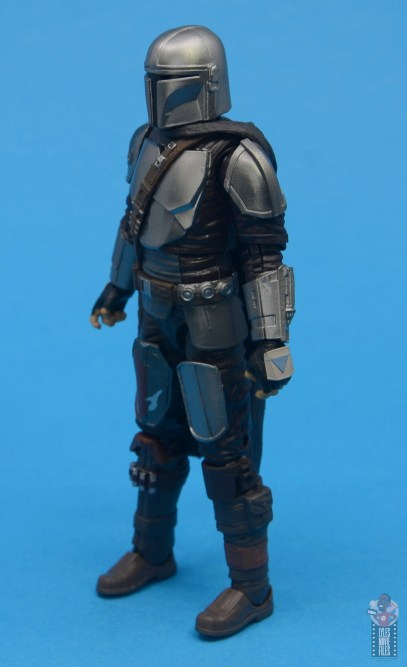 star wars the black series the mandalorian beskar armor figure review - left side