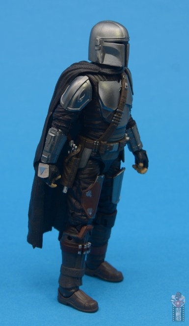 star wars the black series the mandalorian beskar armor figure review - right side