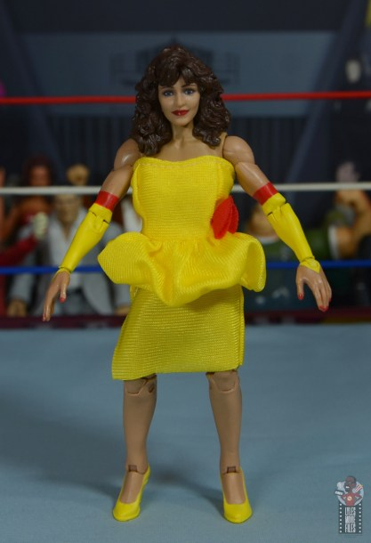wwe elite series 77 miss elizabeth figure review - front