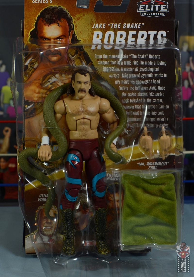 wwe legends 8 jake the snake roberts figure review - accessories in tray