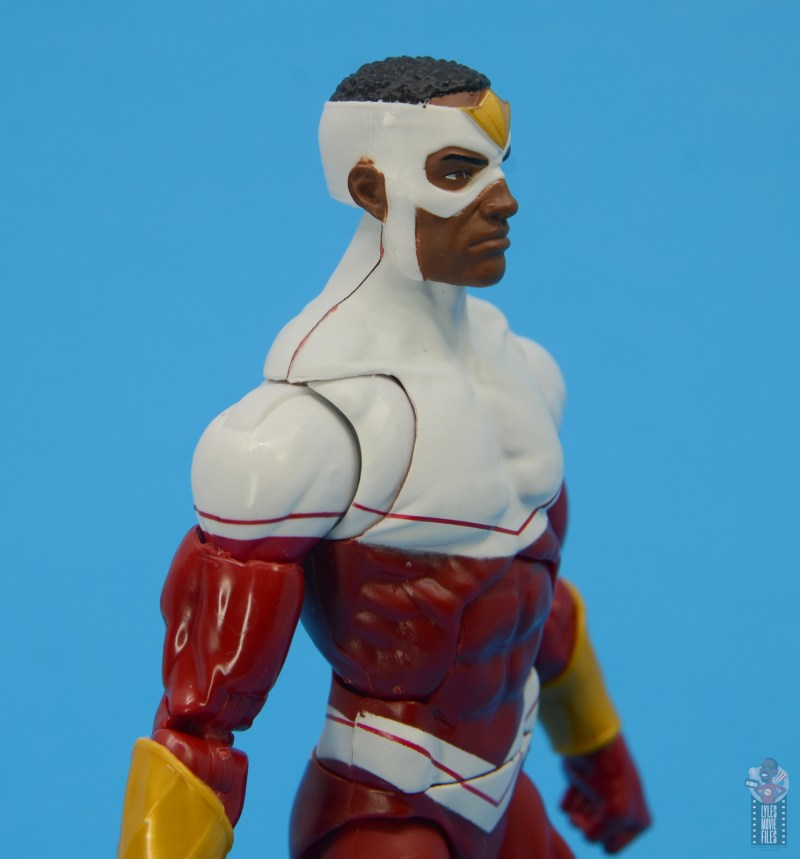 marvel legends falcon figure review - shoulder seam