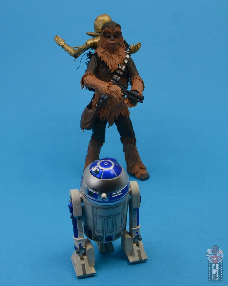 star-wars-the-black-series-chewbacca-and-c-3p0-figure-set-review-turn-around-you-whoooly