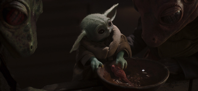 the-mandalorian-the-heiress-review-the-child-and-the-frog-couple