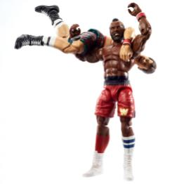 wwe elite collection two packs - roddy piper vs mr t - fireman's carry
