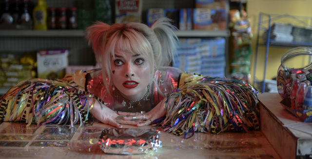 birds of prey and the fantabulous emancipation of one harley quinn review -margot robbie as harley quinn