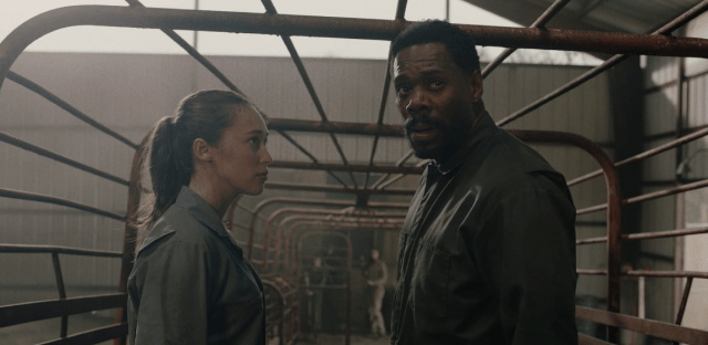 fear the walking dead -welcome to the club review - alicia and strand