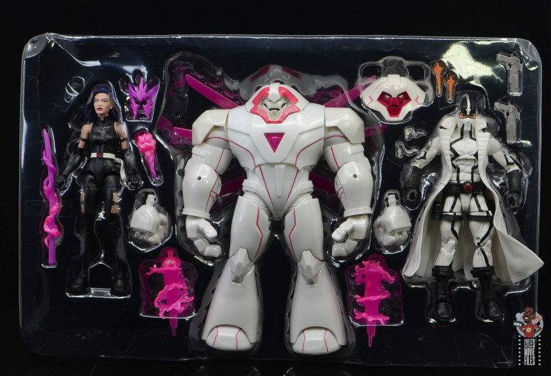 marvel legends nimrod, fantomex and psylocke figure review - accessories in tray