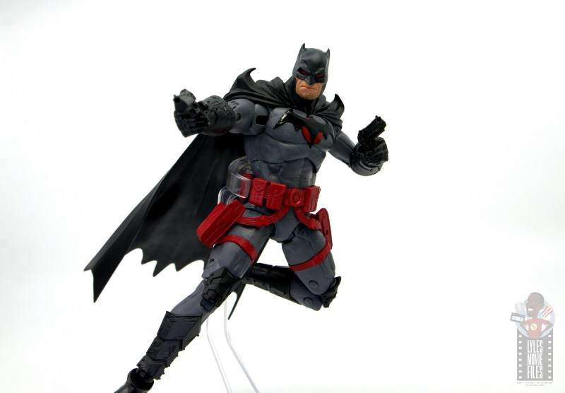 mcfarlane toys dc multiverse flashpoint batman figure review - taking aim in air