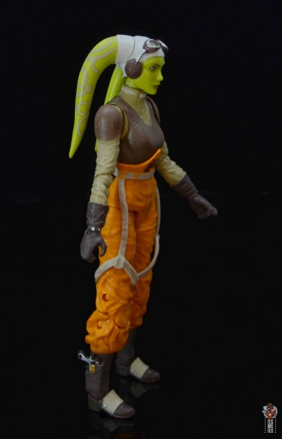 star wars the black series hera syndulla figure review -right side