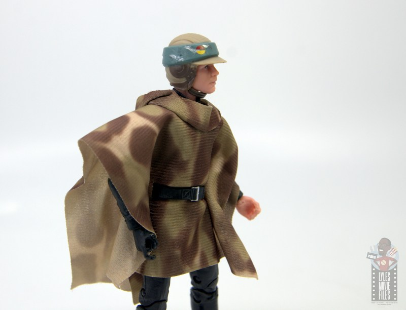 star wars the black series luke skywalker endor figure review -outfit detail