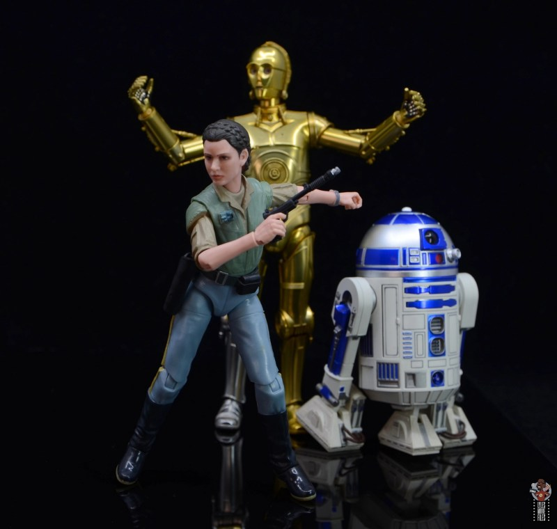 star wars the black series princess leia endor figure review -ready for battle with c-3p0 and r2d2