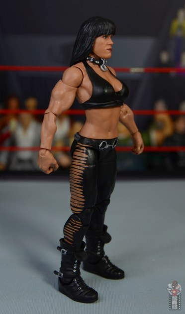 wwe triple h and chyna figure set review - chyna right side