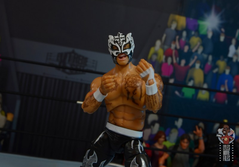 aew unrivaled rey fenix figure review - victory pose
