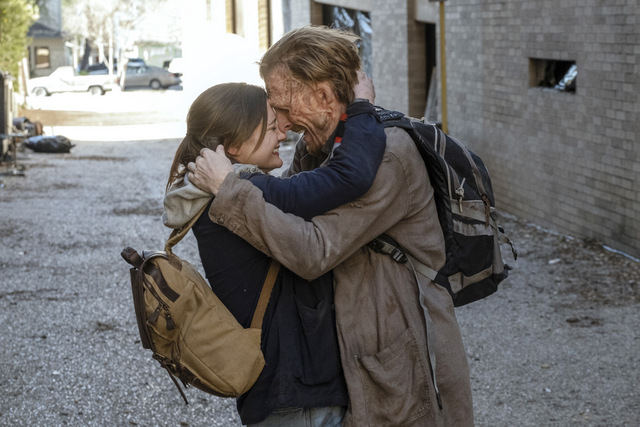 fear the walking dead - alaska review - sherry and dwight