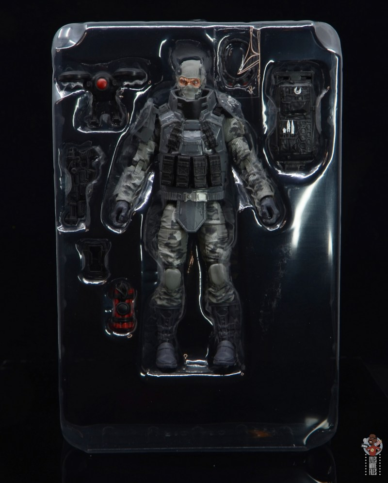 gi joe classified series firefly figure review - accessories in tray