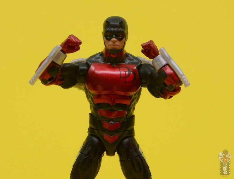 marvel legends retro vintage daredevil figure review -arms up