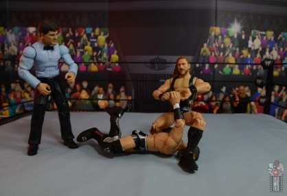 wwe elite 75 pete dunne figure review - snapping bobby fish's fingers